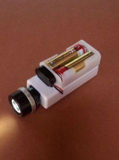 100円充電器にLEDライト
