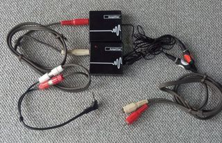 RCAコードとアンプ